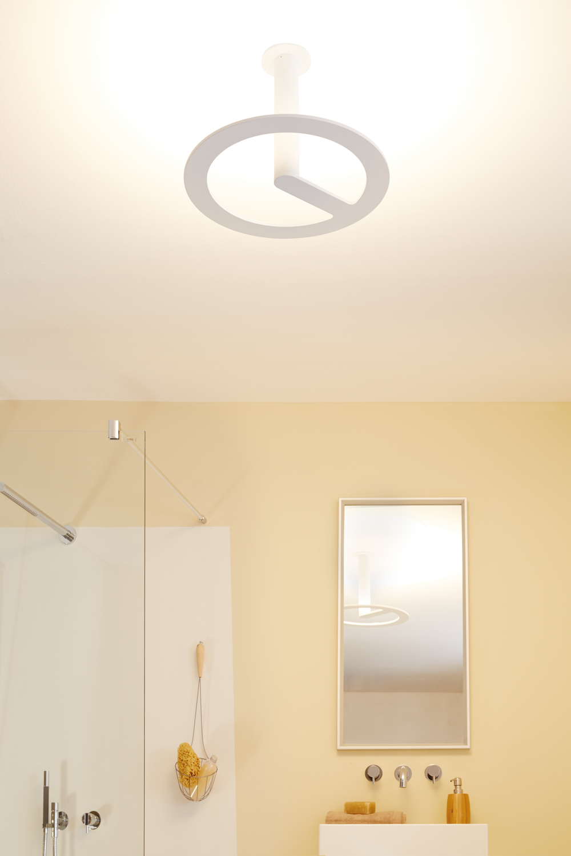 deckenleuchte portilla ip44 led 42 w deckenfluter wei metall 70496. Black Bedroom Furniture Sets. Home Design Ideas